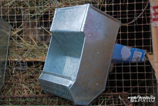 Бункерные кормушки для кроликов своими руками фото