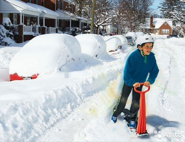 Самокат для катания по снегу