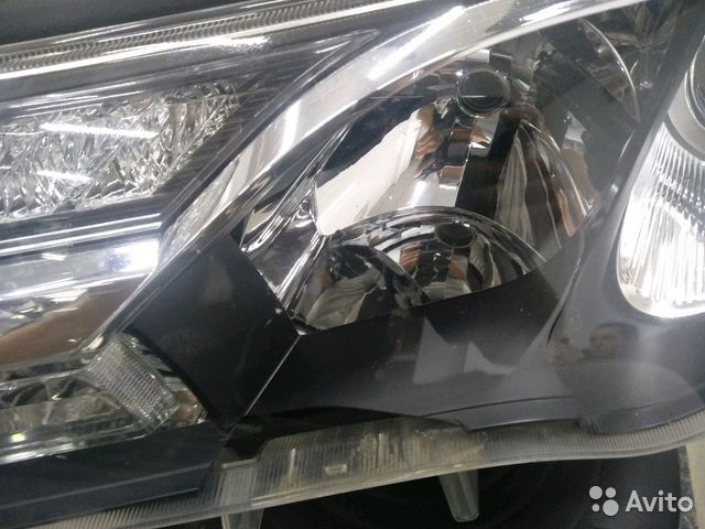 Фара Toyota RAV4 (XA 40)  89534563266 купить 4