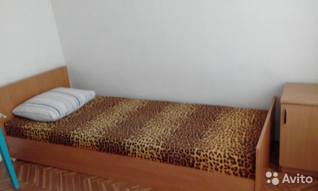 Комната 8 м² в 8-к, 1/1 эт.
