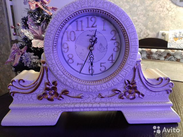 Table clock (fireplace)