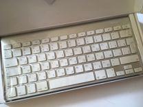 Беспроводные мышь и клавиатура Apple